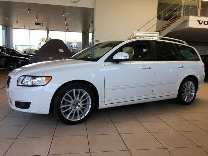 Volvo V50 *** DEAL OF THE MONTH ***