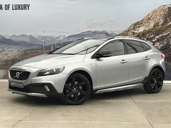 Volvo V40 Cross country D3 AUT - SUMMUM + VELE EXTRA'S